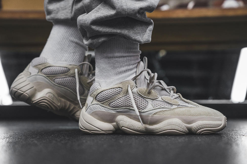 YEEZY Desert Rat 500 Blush Flight Club Closer Look Photos Kanye West