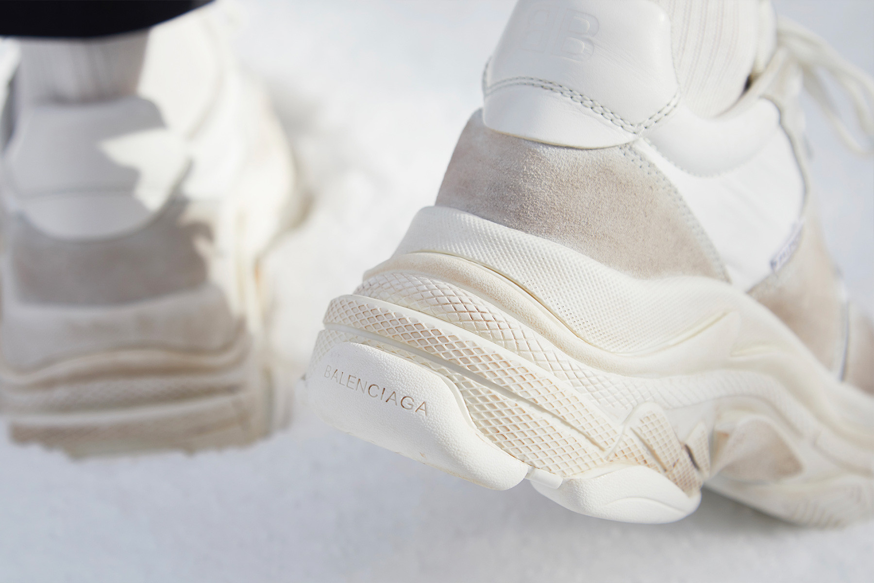 Balenciaga Sneakers White Triple S Plain Low Top Lace Up