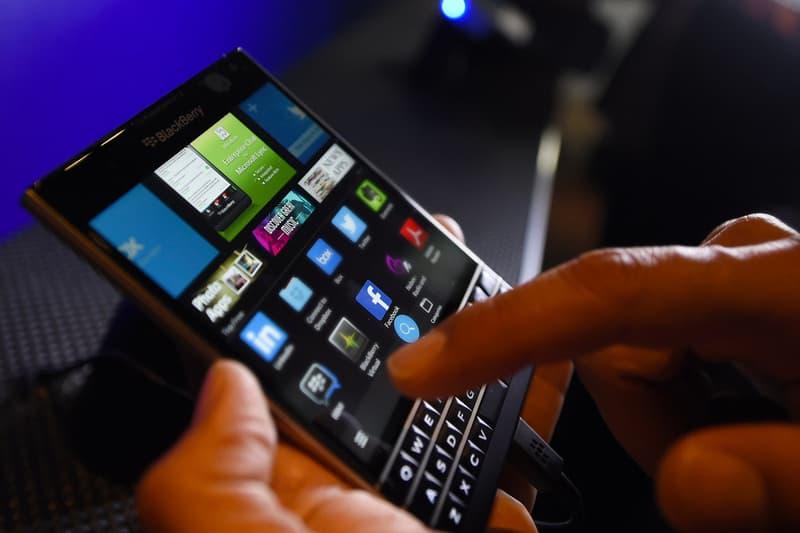BlackBerry Facebook Lawsuit blackberry messenger patent infringement whatsapp instagram