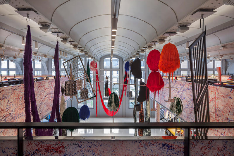 Calvin Klein 2015W39NYC Paris Headquarters Raf Simons Sterling Ruby Design Interior