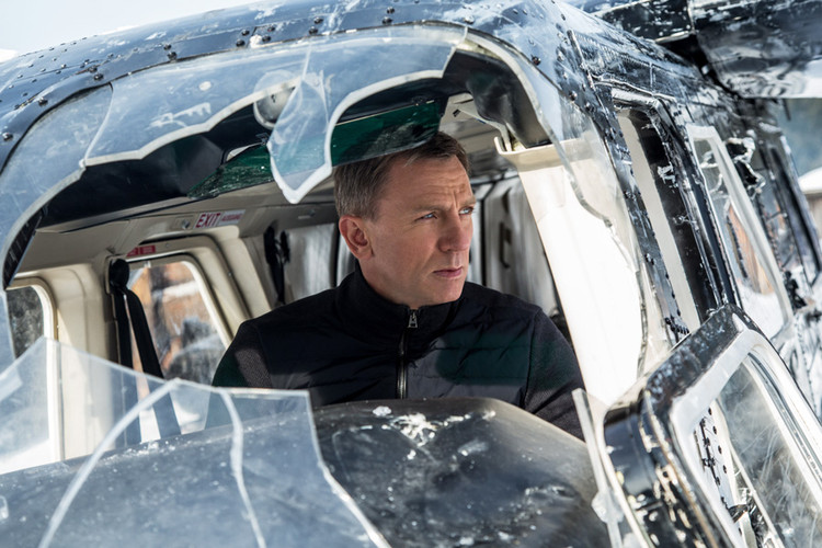 51acdf2903 Danny Boyle Officially Onboard to Direct Daniel Craig's Final James Bond  Film