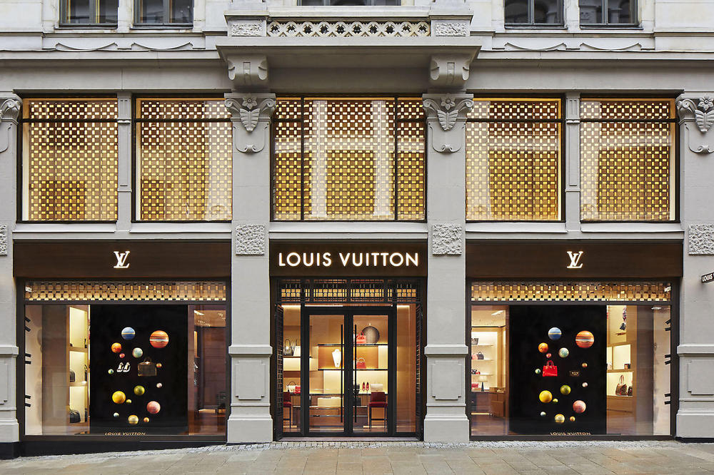 Louis Vuitton Opening New Factories Higher Production Virgil Abloh handbags leather accessories delivery times order times waiting time