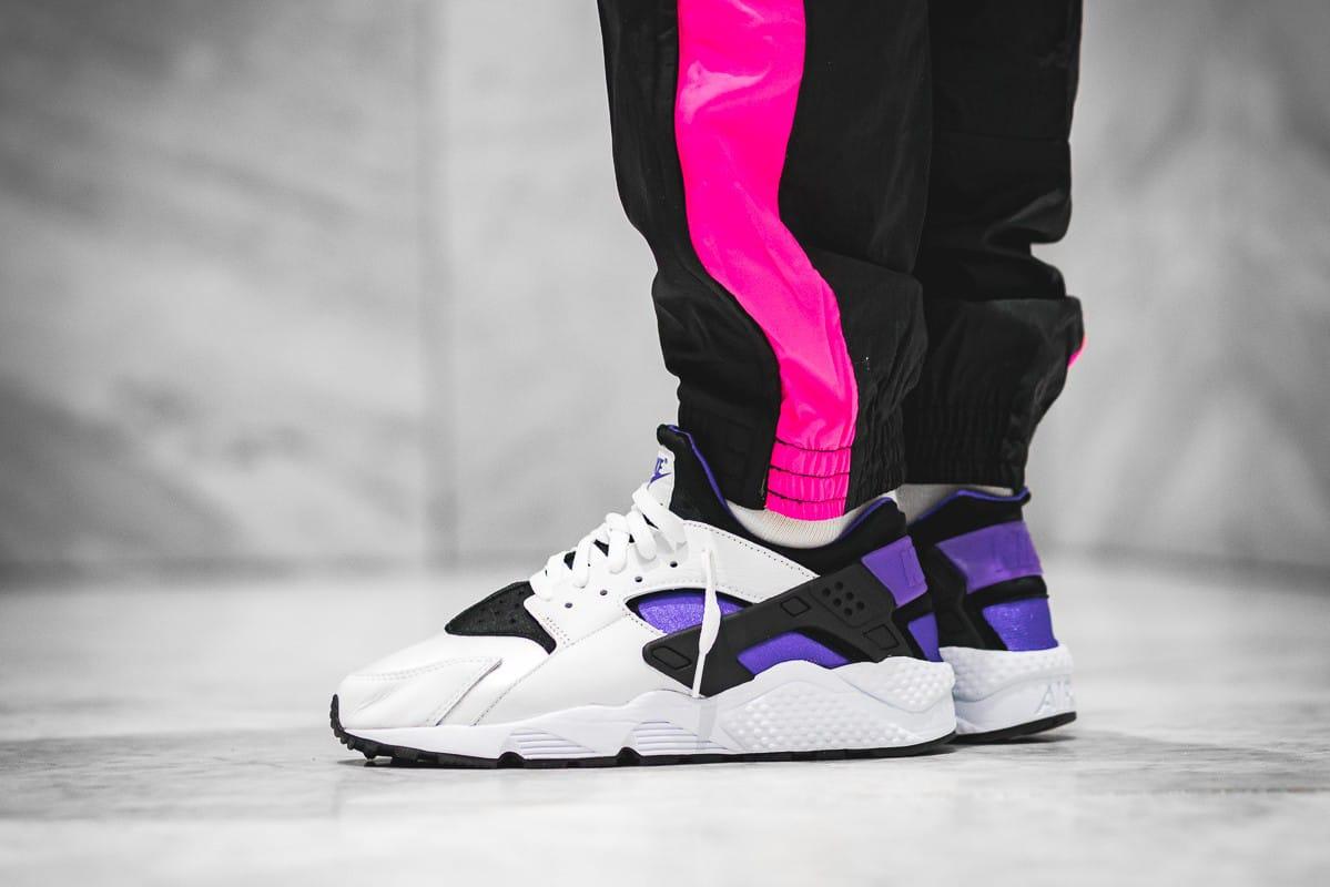 "Nike Air Huarache '91 ""Purple Punch"" On"