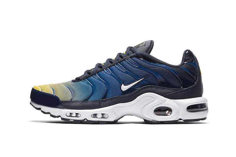 save off cd0bf fd96b Nike Adds Yellow/Blue Gradient to Air Max Plus | HYPEBEAST