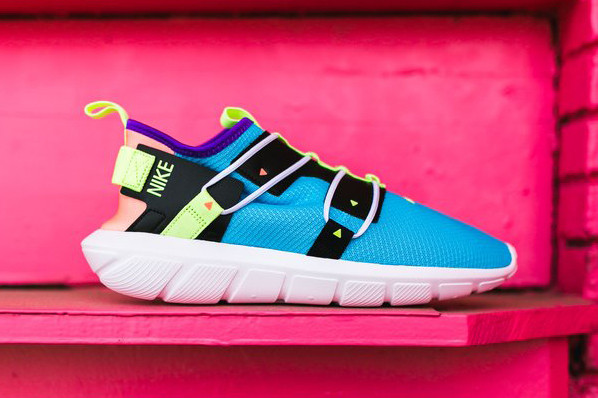 e77049d3c3 Nike Brings out Neon Vibes on New Vortak Model | HYPEBEAST