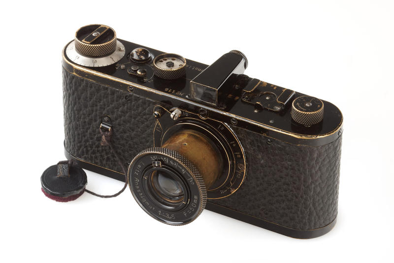 1923 Leica 0 Series Camera Sold $2.95 Million USD New World Record Westlicht Camera Auction Vienna Wien Boesner Photography Fotograf