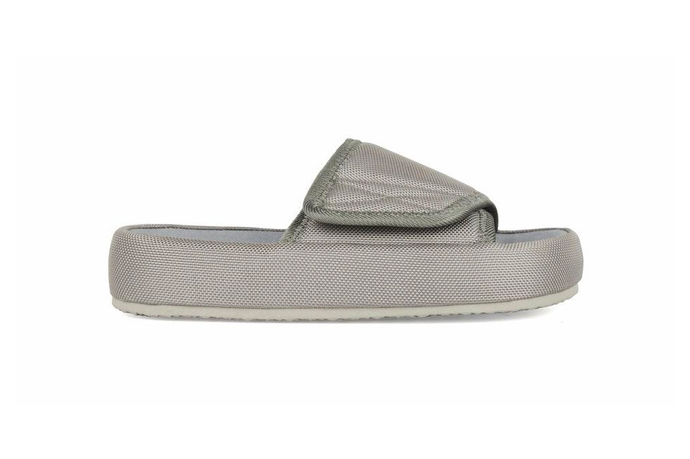 6e2ddde80a2 YEEZY Slides season 6 slippers purchase release buy available now price