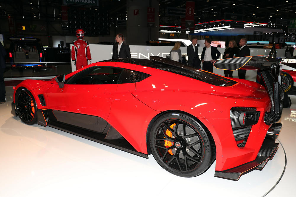 Zenvo TSR-S Hypercar street legal racecar horsepower automotive