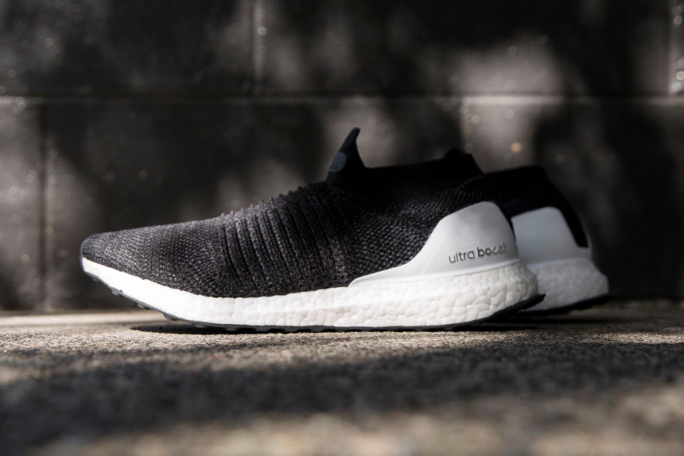 21bc263c658fc adidas UltraBOOST Laceless Gets the