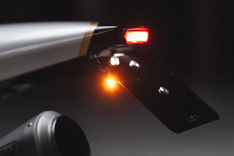BMW R Nine T Falcon Redesigned Classic Look Aluminium Bodywork Arrow Titanium Exhaust System Motogadget Motoscope Pro Kellermann Atto Signals LED Truck Light ABM Clip-Ons Rizoma Grips