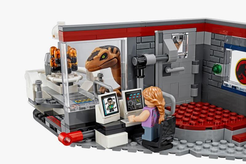 LEGO Jurassic Park World Set 25th Anniversary