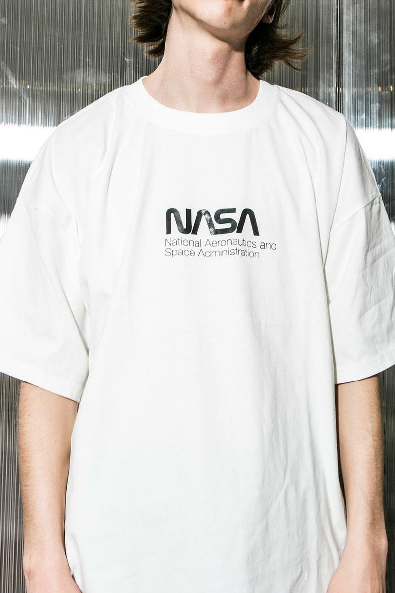 NASA monkey time Oversized T Shirt Collaboration release date info drop white black apollo 11 beauty youth united arrows april 28 may 2018 drop release date info japan
