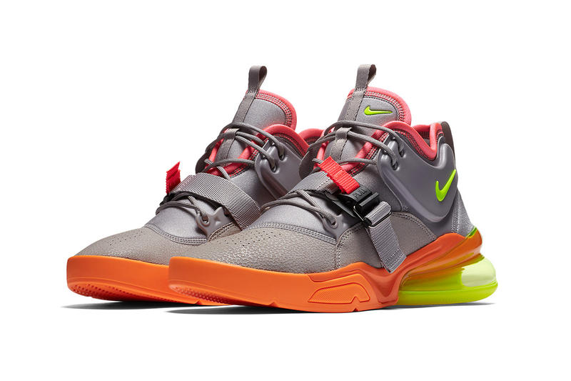 buy popular d5d5b f48bf Nike Air Force 270