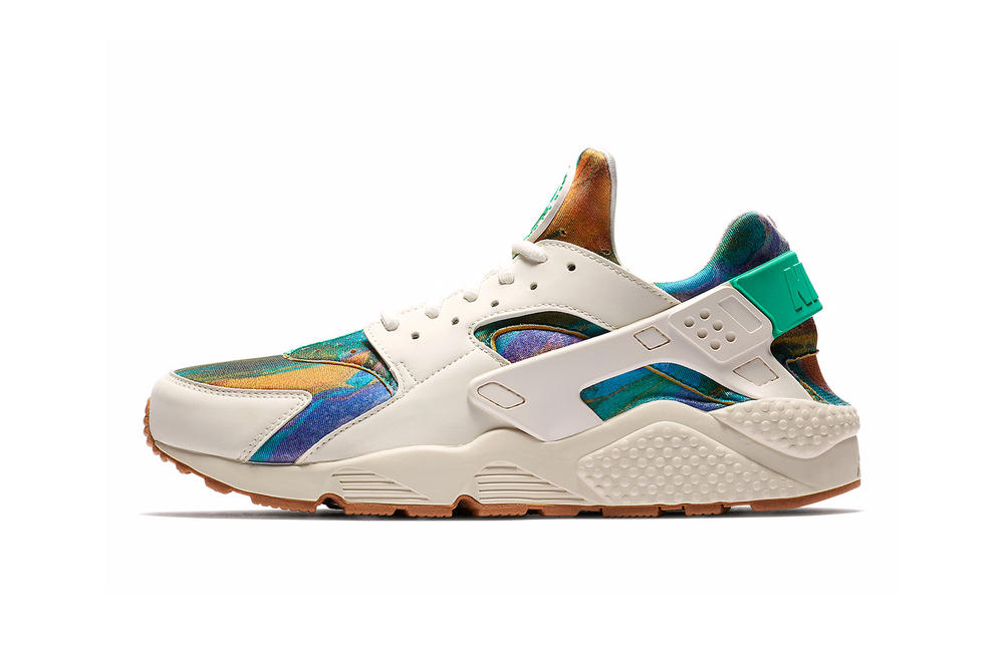 Nike Brings Colorful New Prints to the Huarache & Vandal
