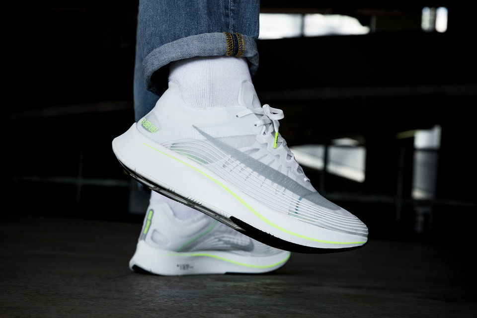 ca93394626b0c Nike Zoom Fly SP