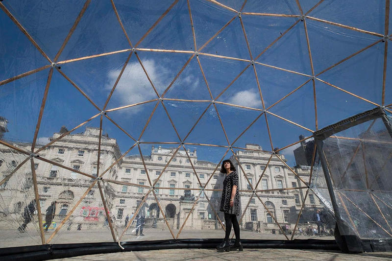 Pollution Pods Installation Michael Pinksy London Somerset House environment climate change contaminated cities Norway London New Delhi Beijing São Paulo