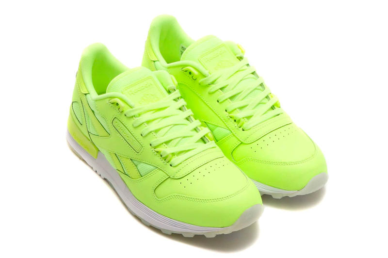 4a8ecef538aa33 Reebok Classic Leather 2.0 Glow In The Dark Pack Release Neon Volt White  Black