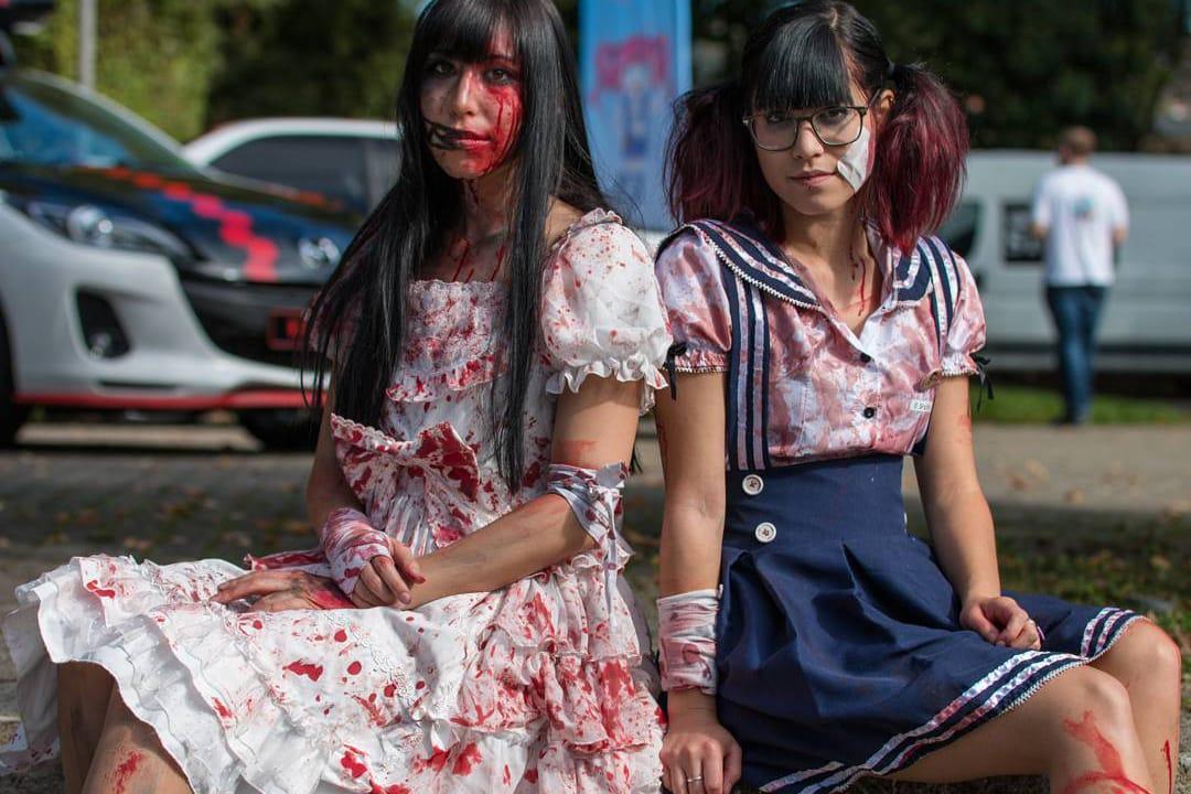 Guro Lolita \u0026 Yami Kawaii Japanese Subcultures