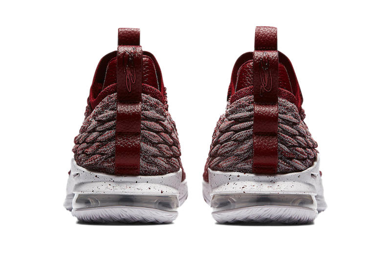 "Nike LeBron 15 Low ""Team Red"" Lebron James Cleveland Cavaliers"