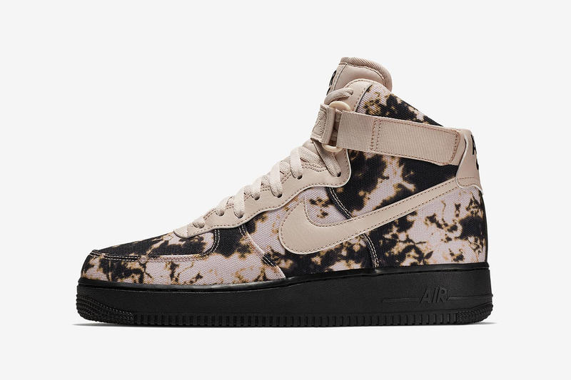 Nike Air Force 1 High Acid-Wash Sneakers streetwear