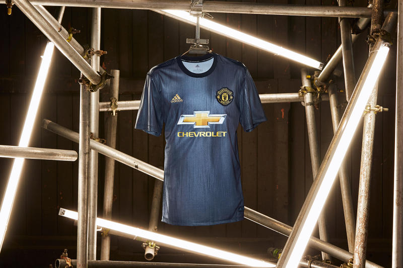Manchester United Third Team Kit 2018 2019 adidas football