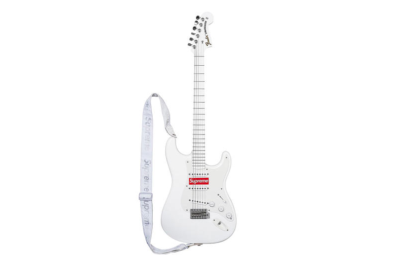 supreme fender stratocasater guitar
