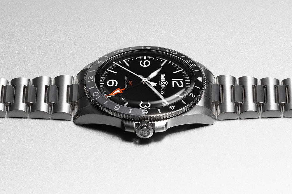 Bell & Ross BR V2-93 GMT 24H Watch retro vintage collection time zone 4Hz automatic movement 42 hour power reserve anodized aluminum sapphire crystal Water resistant $3200 rubber strap $3500 steel bracelet
