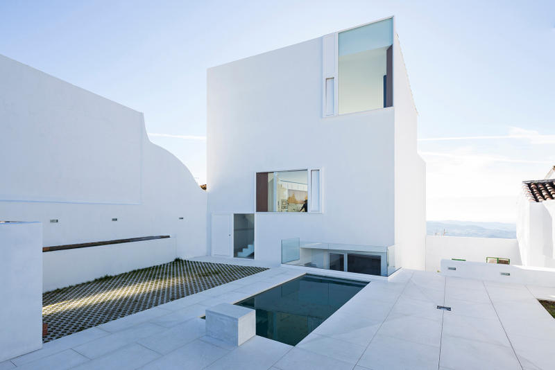 Claire House By Dtr Studio Architects In Spain Hypebeast