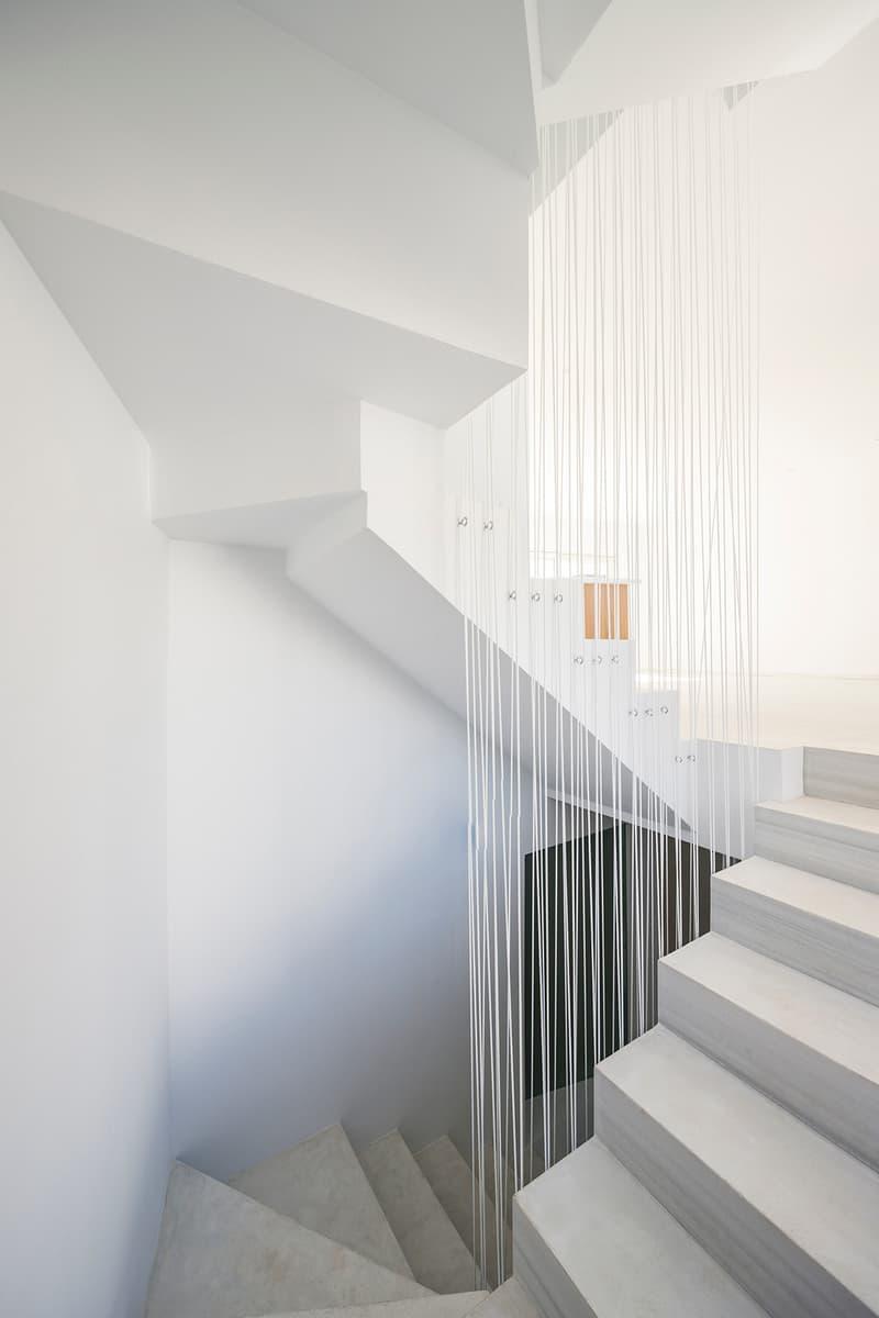Claire House DTR_Studio Architects Spain Gaurcín Houses All-White Minimalistic Simplistic Modern Interior Exterior