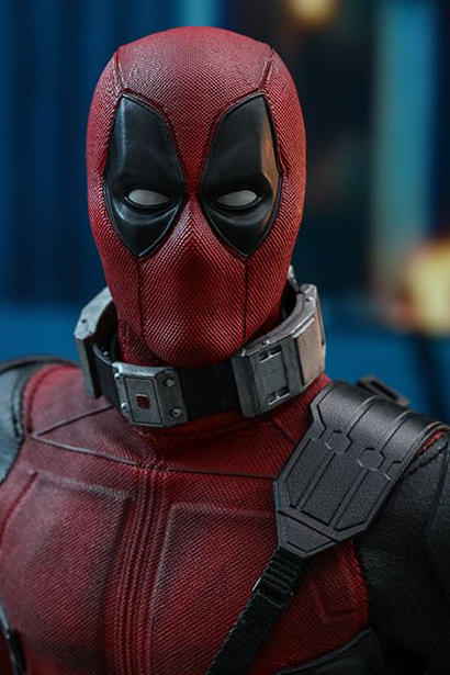 hot toys deadpool 2 collectible action figure