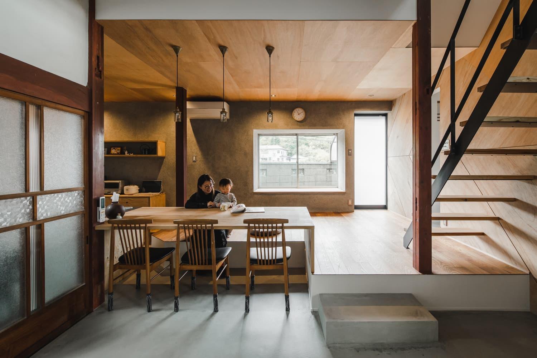 Japan's Shimotoyama House Fuses Modern Innovation With Cultural Charm