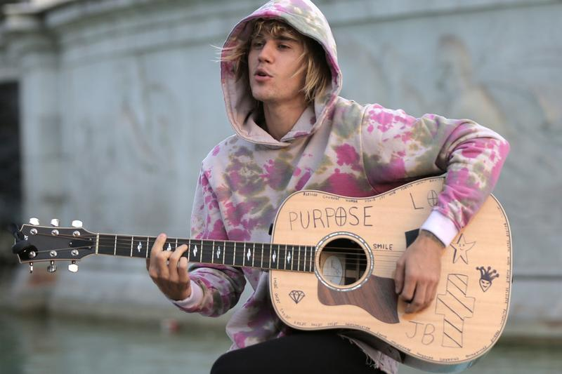 Justin Bieber First Male Artist Debut Twice No 1 Hot 100 Billboard Chart