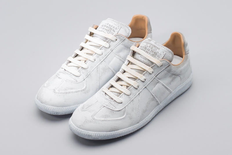 501837a1671 Maison Margiela Replica Sneaker White Paint | HYPEBEAST
