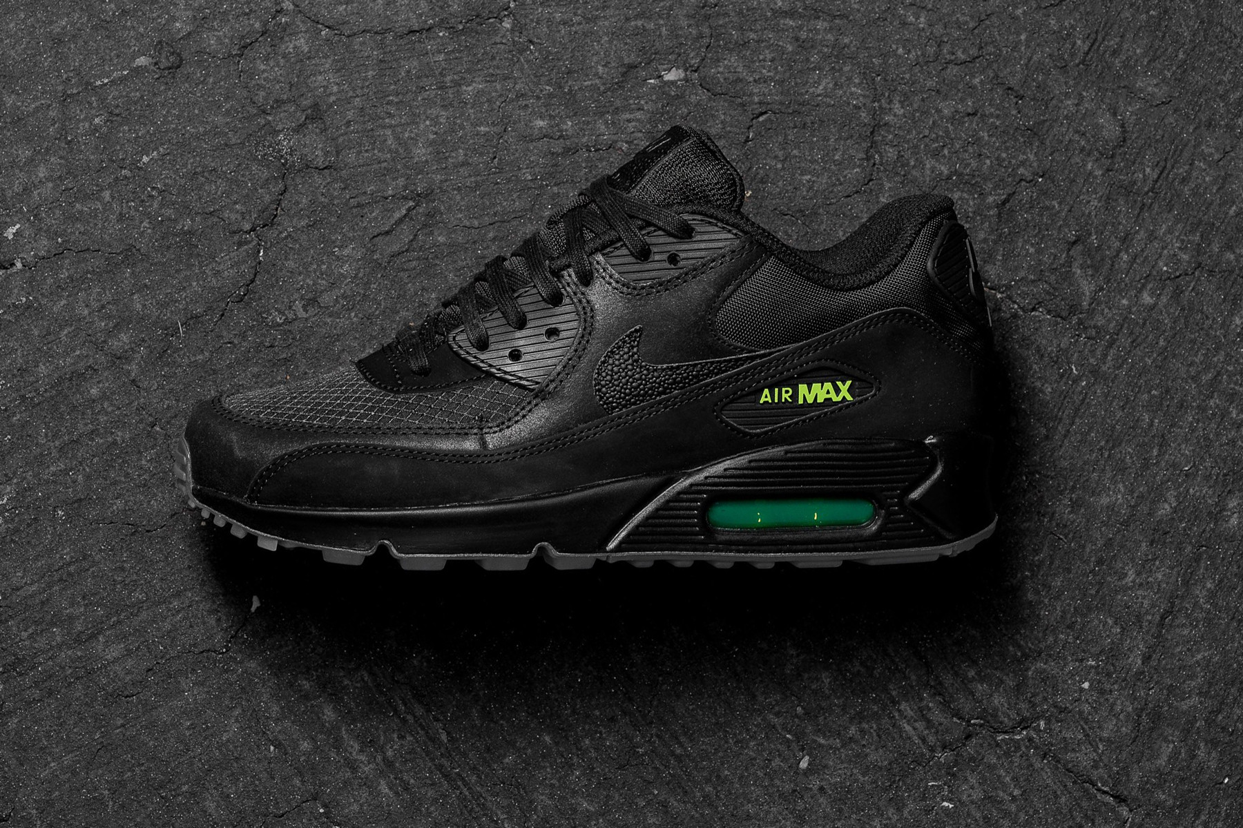 "Nike Air Max 90 ""Black/Volt"" Release"
