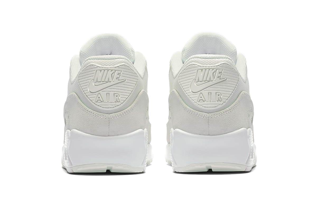 cd078a8ccb6 Nike Air Max 90 Premium Black Snakeskin Nike Tiempo Legend Iv Acc ...