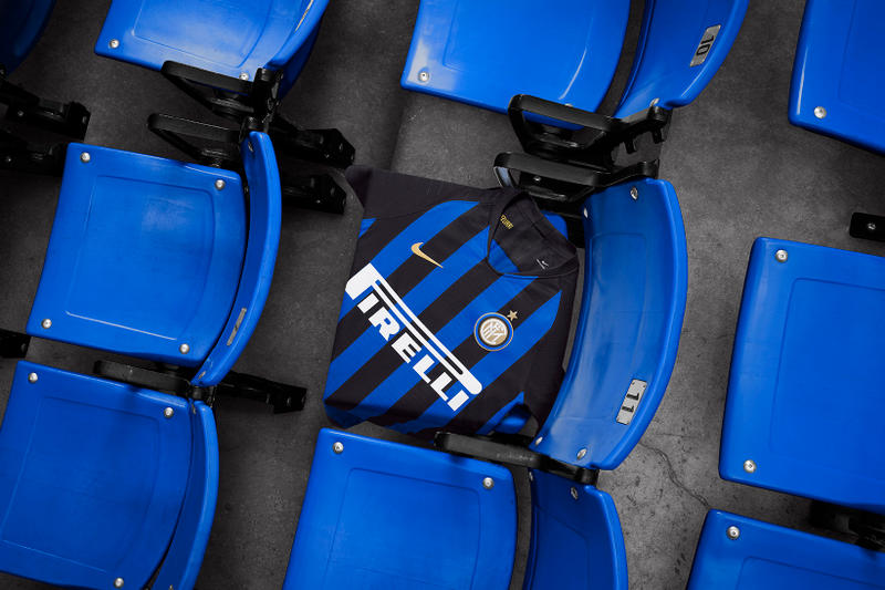Nike Football Inter Milan's 2019 Home Kits FC Club Mauro Icardi Rafinha João Cancelo Marcelo Brozović Ivan Perišić Javier Zanetti Ronaldo Giuseppe Meazza
