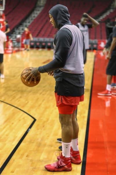 PJ Tucker Virgil Abloh Nike Hyperdunk The Shoe Surgeon off white 2018 may footwear red