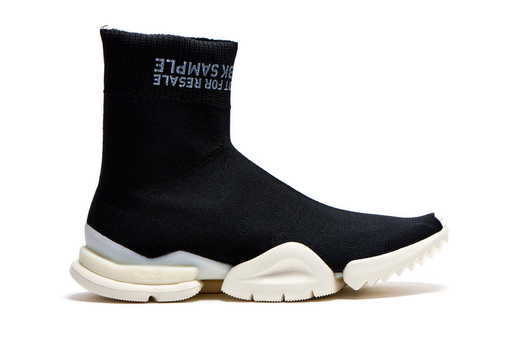 Reebok Sock Run.R Barneys exclusive drop vetements Not For Resale RBK Sample black sole technical knit may 11 18 2018 spring summer