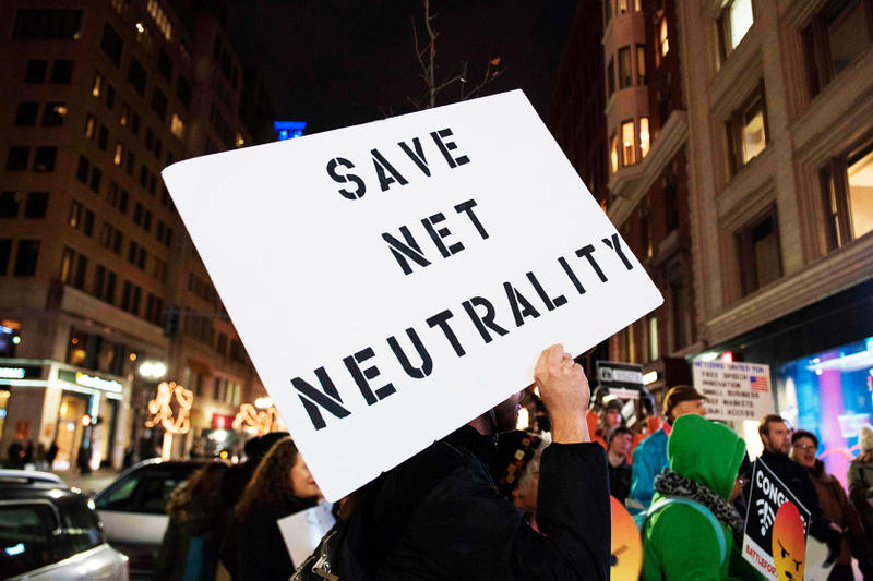 Senate Vote Net Neutrality Saved Internet Ajit Pai Democrat Republican Politics Donald Trump