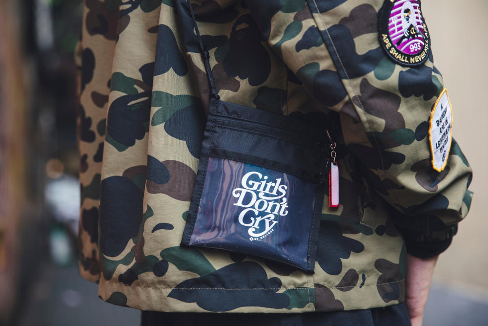 Street Style Streetsnaps Verdy Girls Don't Cry Bape Off-White Vapormax Black