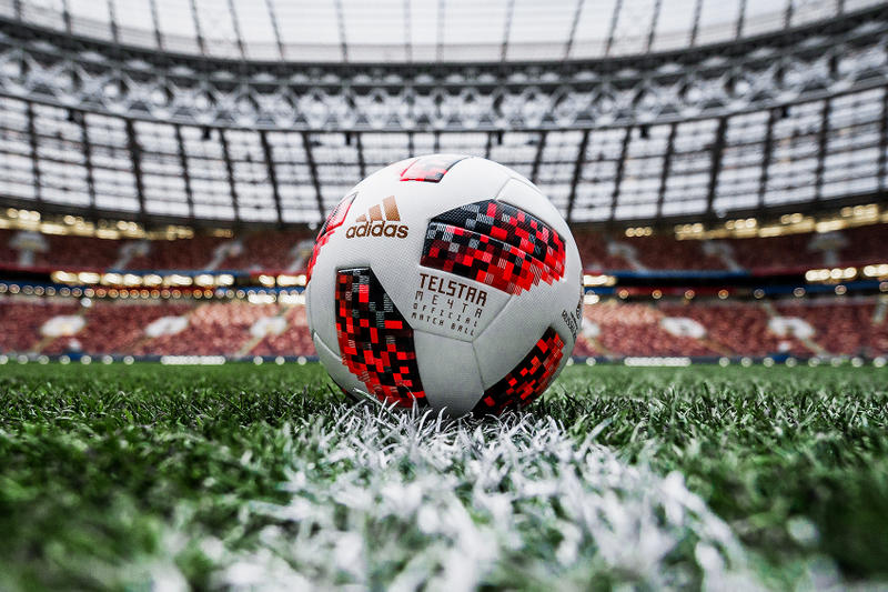 adidas Football 2018 FIFA World Cup Knockout Stage Ball Sports Moscow 26 June Telstar Mechta Dream Ambition Russia