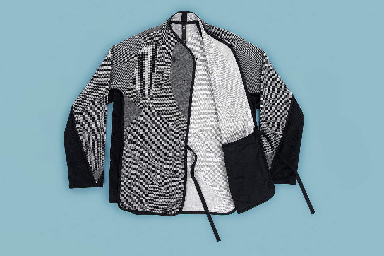 BYBORRE Spring Summer 2019 collection lookbook editorial Lotte van Raalte interview Borre Akkersdijk exclusive gore tex layer textile woven weave 8 bit