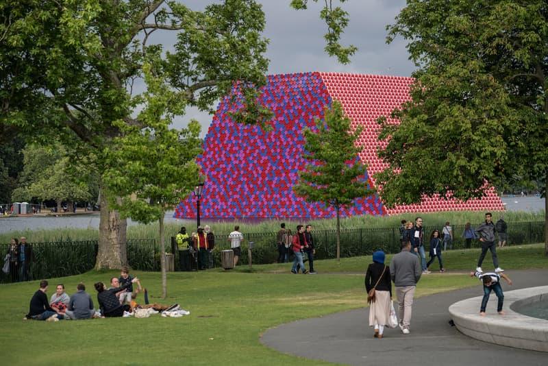 Christo Jeanne-Claude London Mastaba Hyde Park's Serpentine Lake Installation