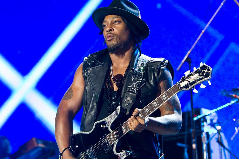 dangelo-janelle-monae-the-roots-prince-tribute-bet-awards