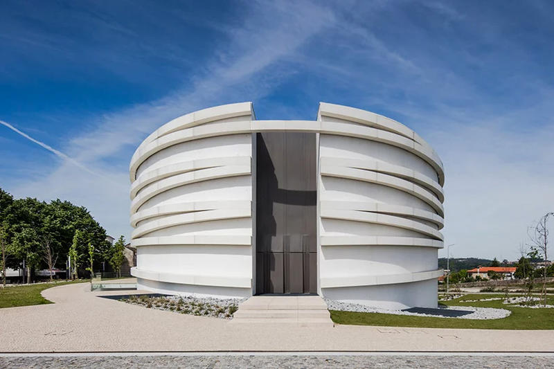 Hugo Correia Church of S. Tiago de Antas white concrete modern architecture portugal
