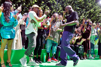 Picture of Watch Kanye West & Virgil Abloh Share an Emotional Hug at Louis Vuitton's PFW Show