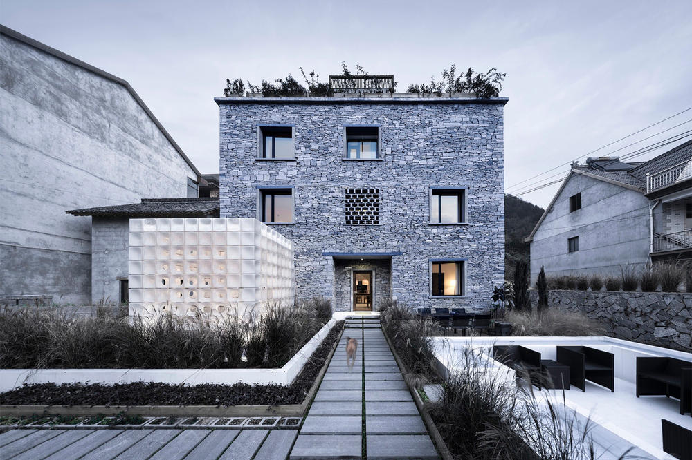 LEI House AZL Architects Tangle China Houses House Home Modern Interior Exterior