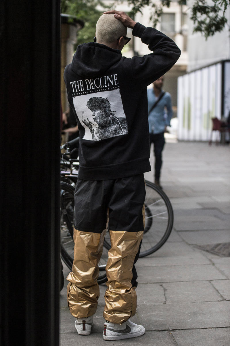 London Fashion Week Men's Spring/Summer 2019 SS19 Street Style Snaps Balenciaga Burberry Liam Hodges A-COLD-WALL* J.W. Anderson Raf SImons Dior Homme B22 Triple S Nike Air Monarch