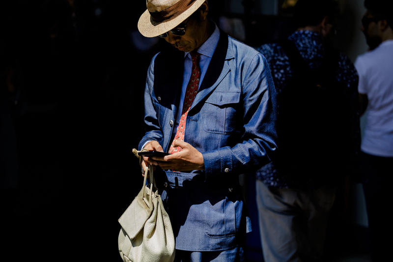 milan fashion week street style spring summer 2019 tailoring linen suit tie red blue navy