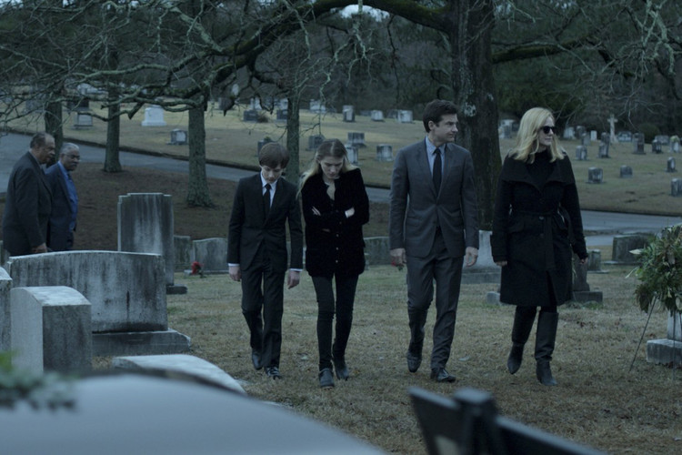 865a85e025bc  Ozark  Gets More Ominous in First-Look Teaser for Season 2